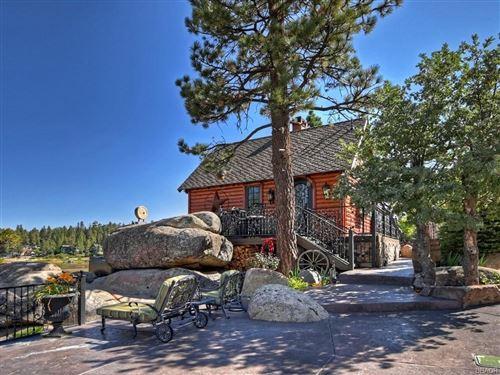 Photo of 806 Peninsula Lane, Big Bear Lake, CA 92315 (MLS # 32106844)
