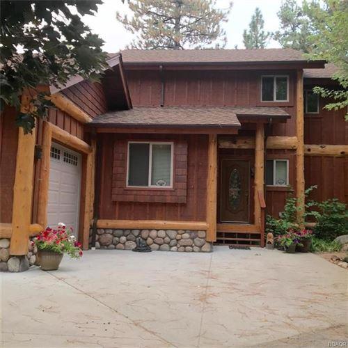 Photo of 807 RUEDA Lane, Big Bear Lake, CA 92315 (MLS # 32003849)