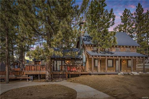 Photo of 576 Vista Lane, Big Bear Lake, CA 92315 (MLS # 32001852)