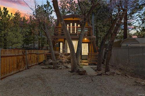 Photo of 367 Moreno Lane, Sugarloaf, CA 92386 (MLS # 32102860)