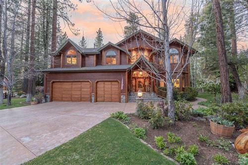 Photo of 41470 Stonebridge, Big Bear Lake, CA 92315 (MLS # 32102864)