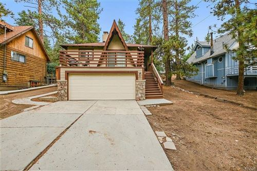 Photo of 43061 Sunset Drive, Big Bear Lake, CA 92315 (MLS # 32003865)