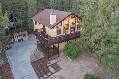Photo of 42452 Holiday Lane, Big Bear Lake, CA 92315 (MLS # 32003872)