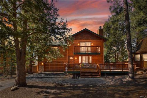 Photo of 43632 Shasta Road, Big Bear Lake, CA 92315 (MLS # 32102875)