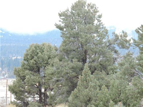 Photo of 0 Camino Bosque, Big Bear City, CA 92314 (MLS # 32102876)