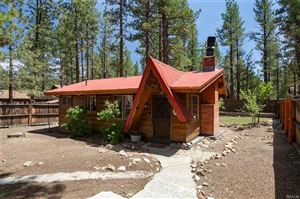 Photo of 808 East Mountain View Boulevard, Big Bear City, CA 92314 (MLS # 31904886)