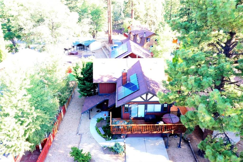 Photo of 43178 Sheephorn Road, Big Bear Lake, CA 92315 (MLS # 32106906)