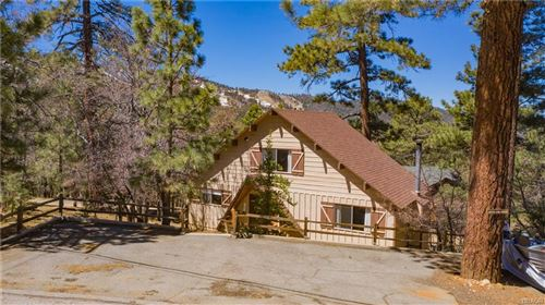 Photo of 43937 Canyon Crest Drive, Big Bear Lake, CA 92315 (MLS # 32102907)