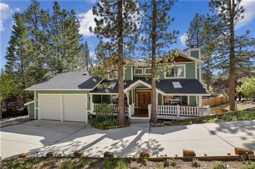 Photo of 820 Antelope Mountain Drive, Big Bear City, CA 92314 (MLS # 32102911)