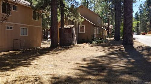 Photo of 40129 Mahanoy Lane, Big Bear Lake, CA 92315 (MLS # 31907925)