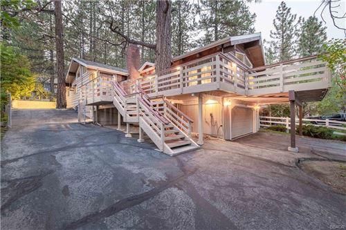 Photo of 520 Cienega Road, Big Bear Lake, CA 92315 (MLS # 32003937)