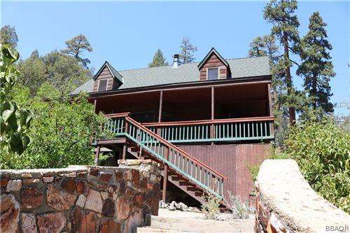 Photo of 137 Minnelusa Canyon, Fawnskin, CA 92333 (MLS # 32106940)