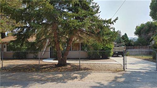 Photo of 332 Grenfall Lane, Big Bear City, CA 92314 (MLS # 32003987)