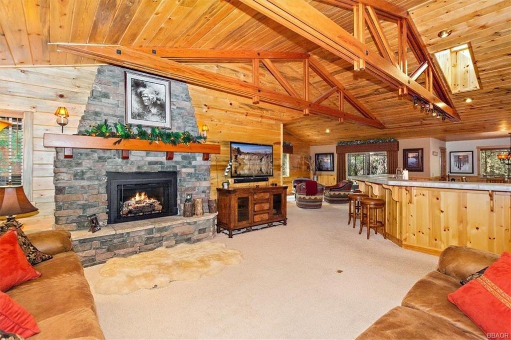 Photo of 150 Stony Creek Road, Big Bear Lake, CA 92315 (MLS # 32106991)