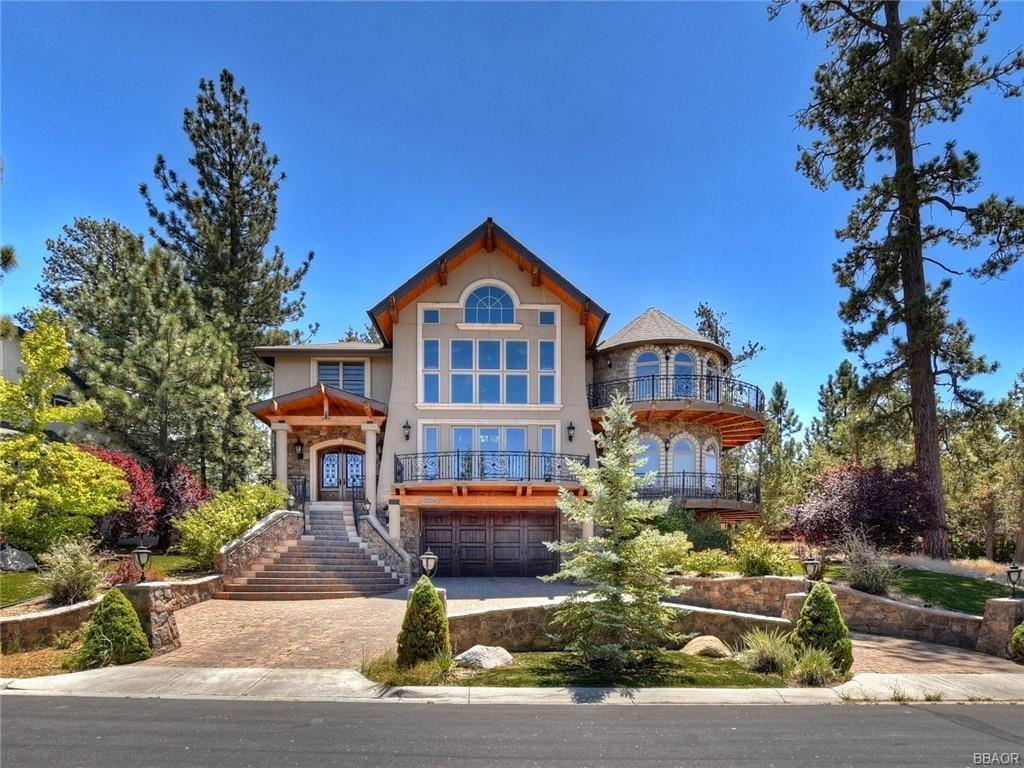 Photo of 42037 Eagles Nest Road, Big Bear Lake, CA 92315 (MLS # 32001997)