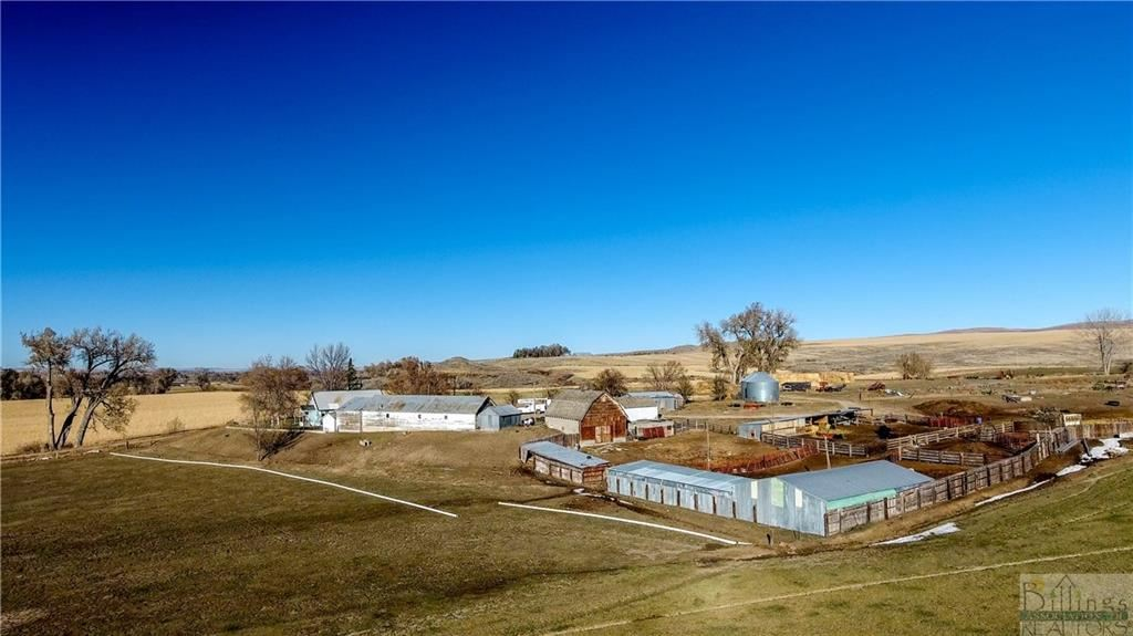 Photo of 70 N TWO BEAR RD, Fromberg, MT 59029 (MLS # 313384)