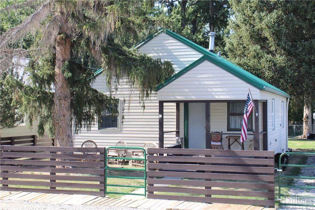 Photo of 14 Davidson Ave, Absarokee, MT 59001 (MLS # 322862)