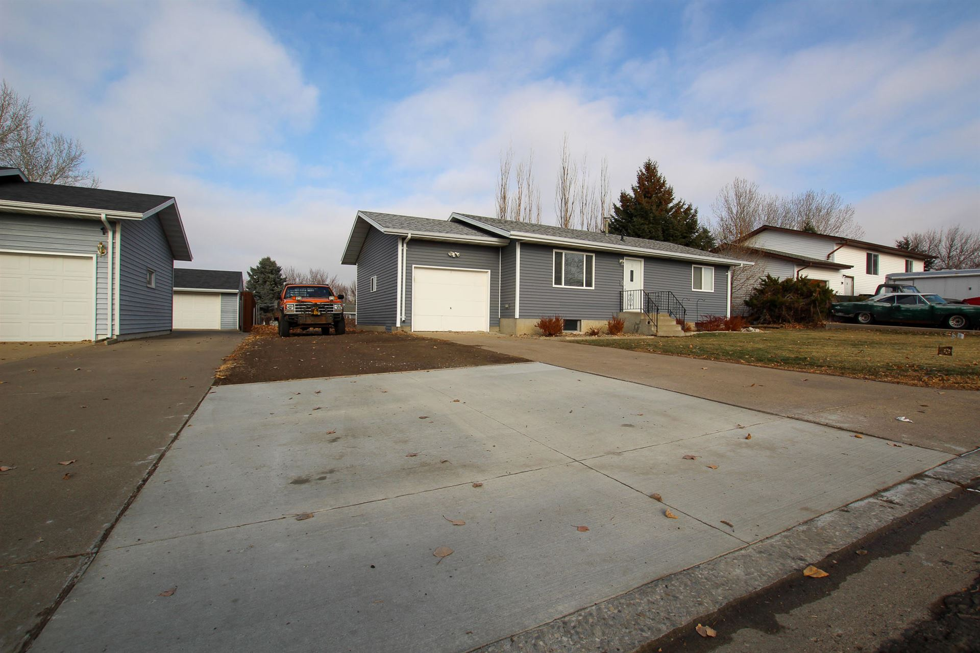 72 Custer Drive, Lincoln, ND 58504 - #: 409047
