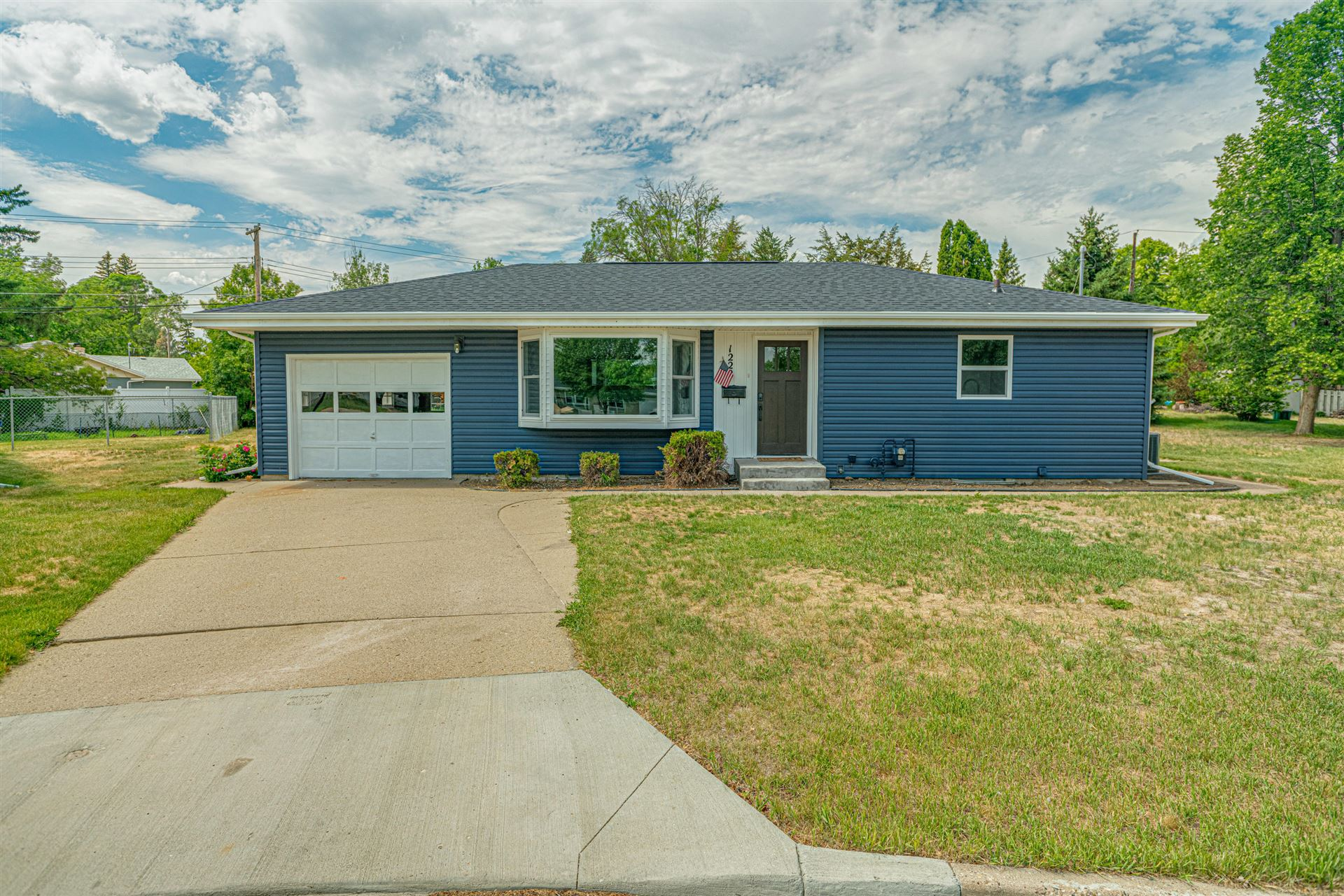1222 Victory Place, Bismarck, ND 58501 - #: 411305