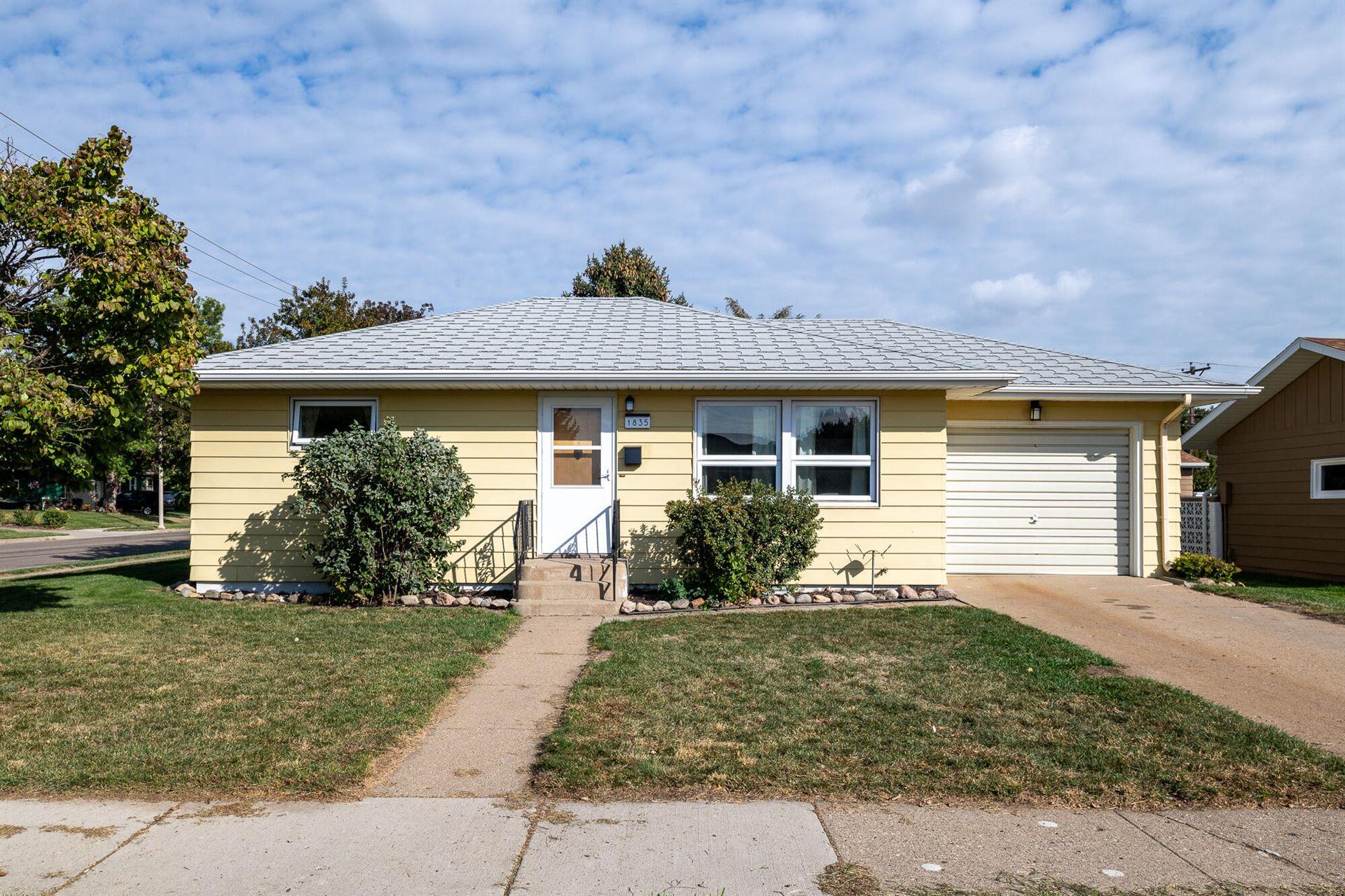1835 7th Street, Bismarck, ND 58501 - #: 412373
