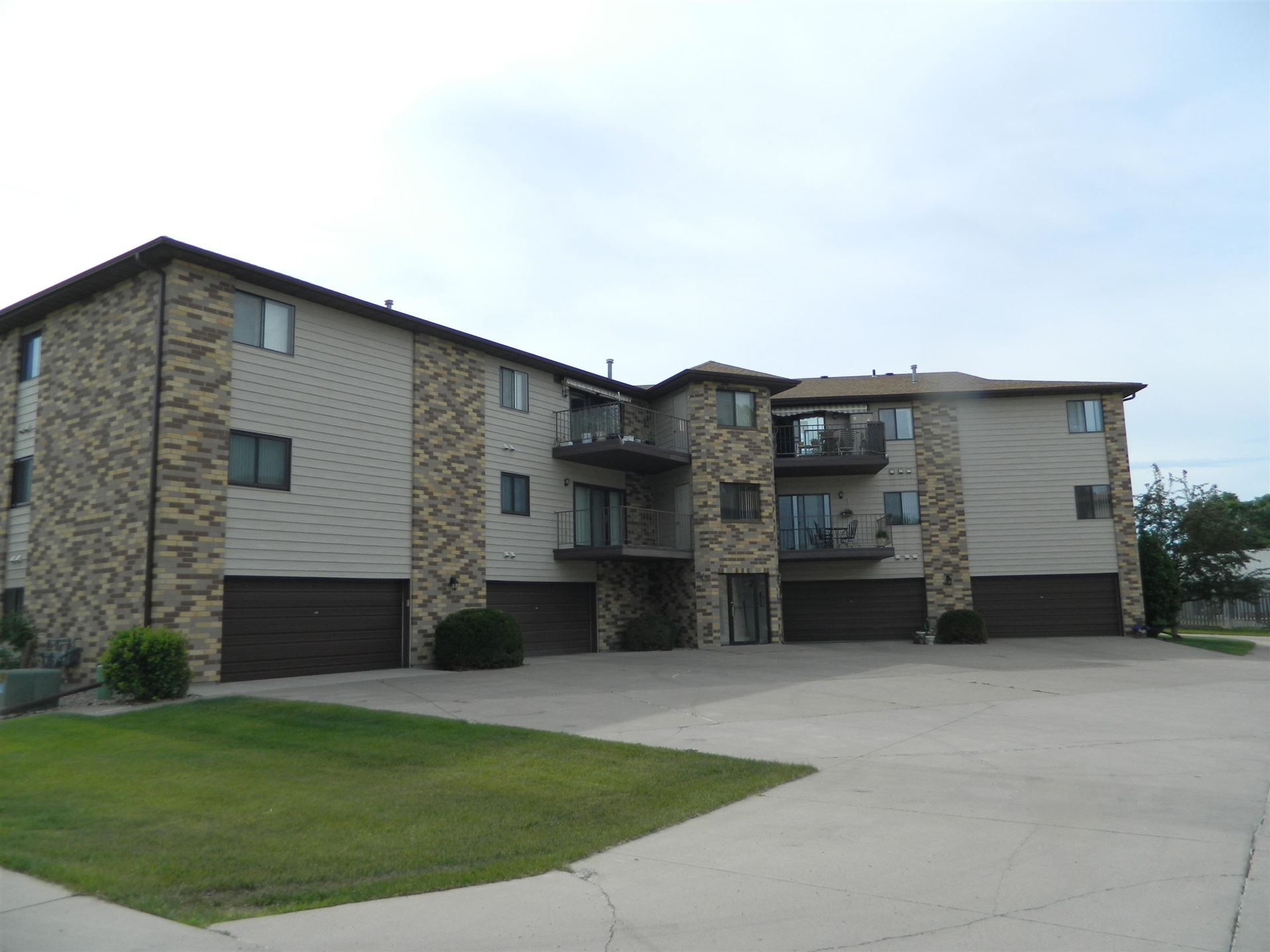 2630 Gateway Avenue #205, Bismarck, ND 58503 - #: 407423