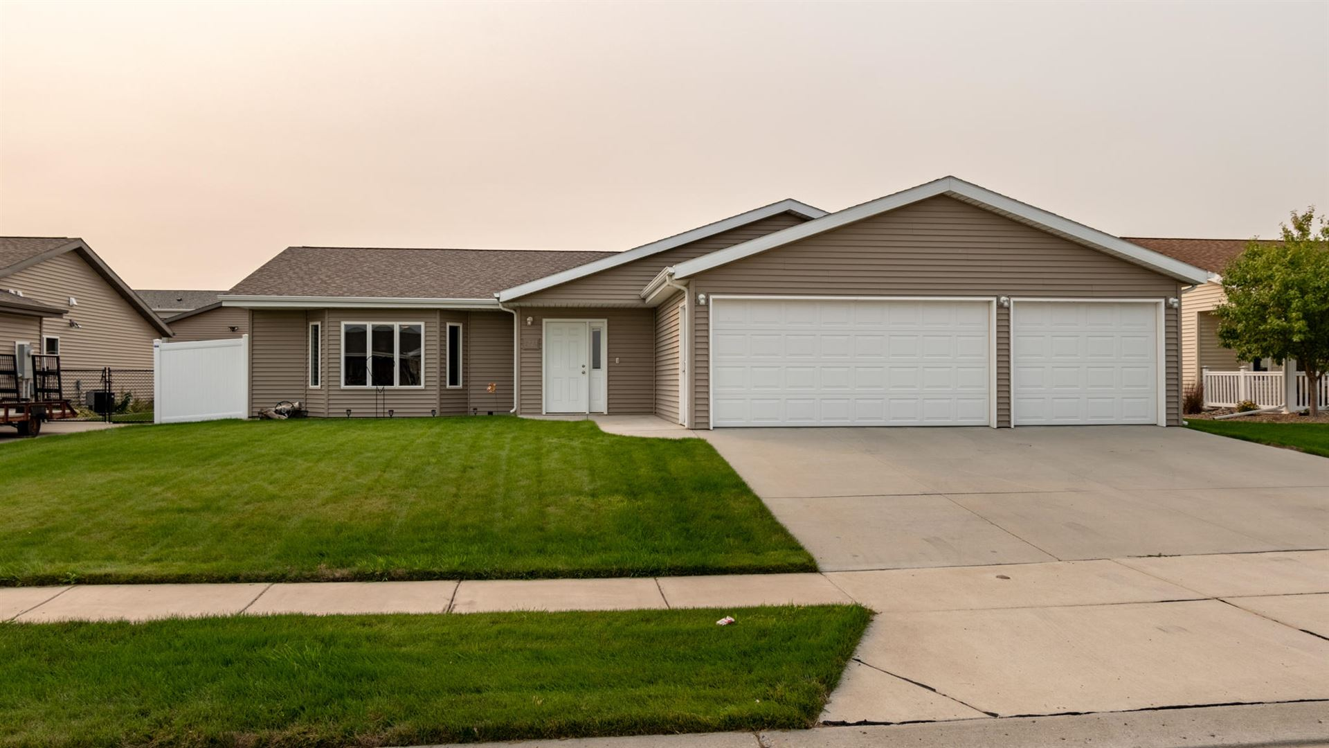 3228 Frost Lane, Bismarck, ND 58503 - #: 408467