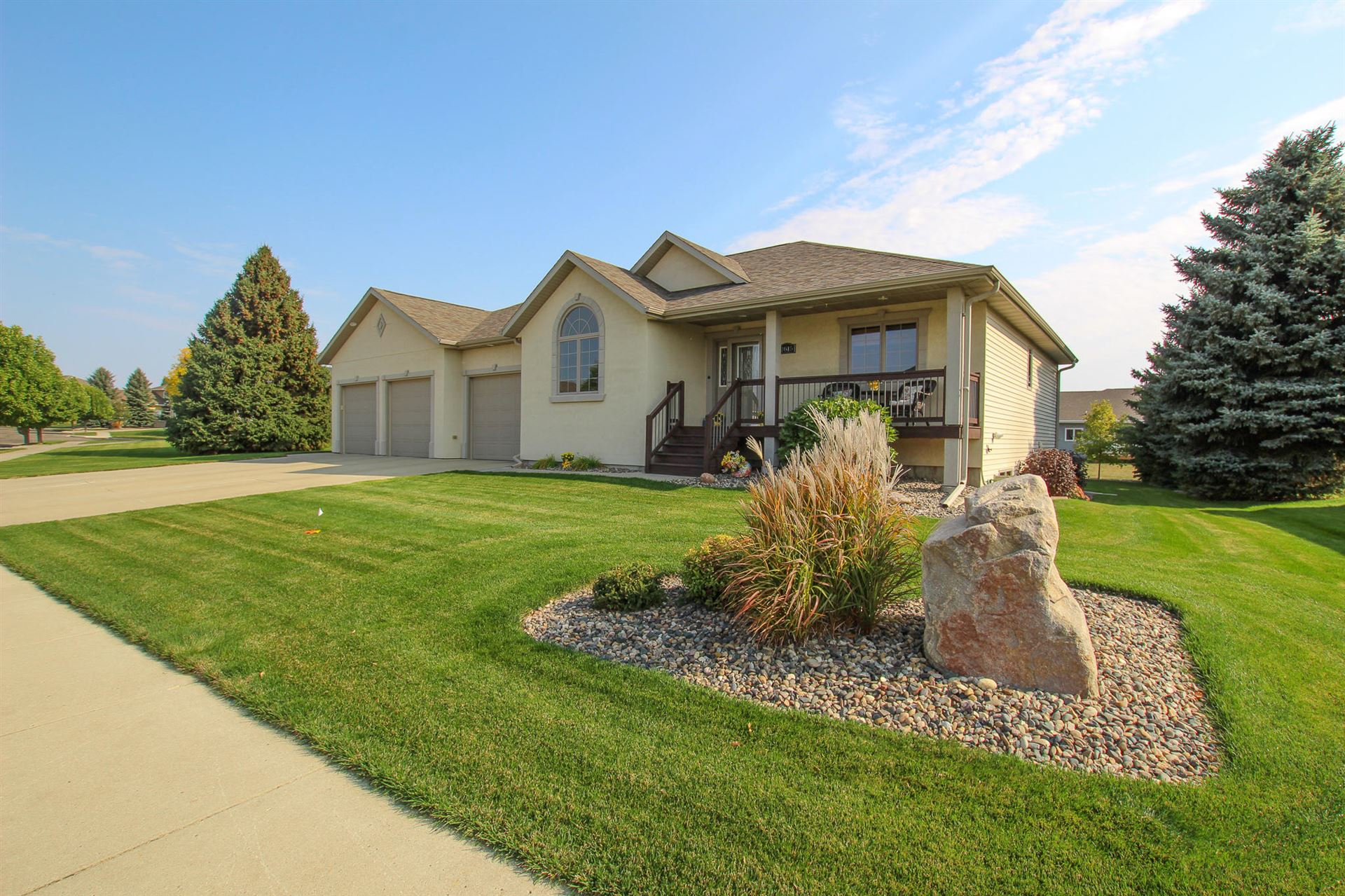 2815 Promontory Drive, Bismarck, ND 58503 - #: 408524