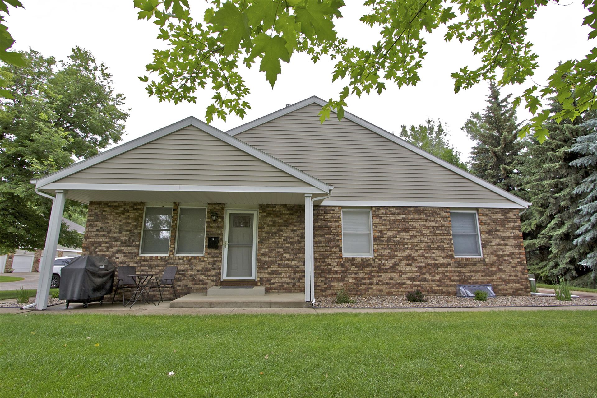 134 Riverside Park Road, Bismarck, ND 58501 - #: 407676