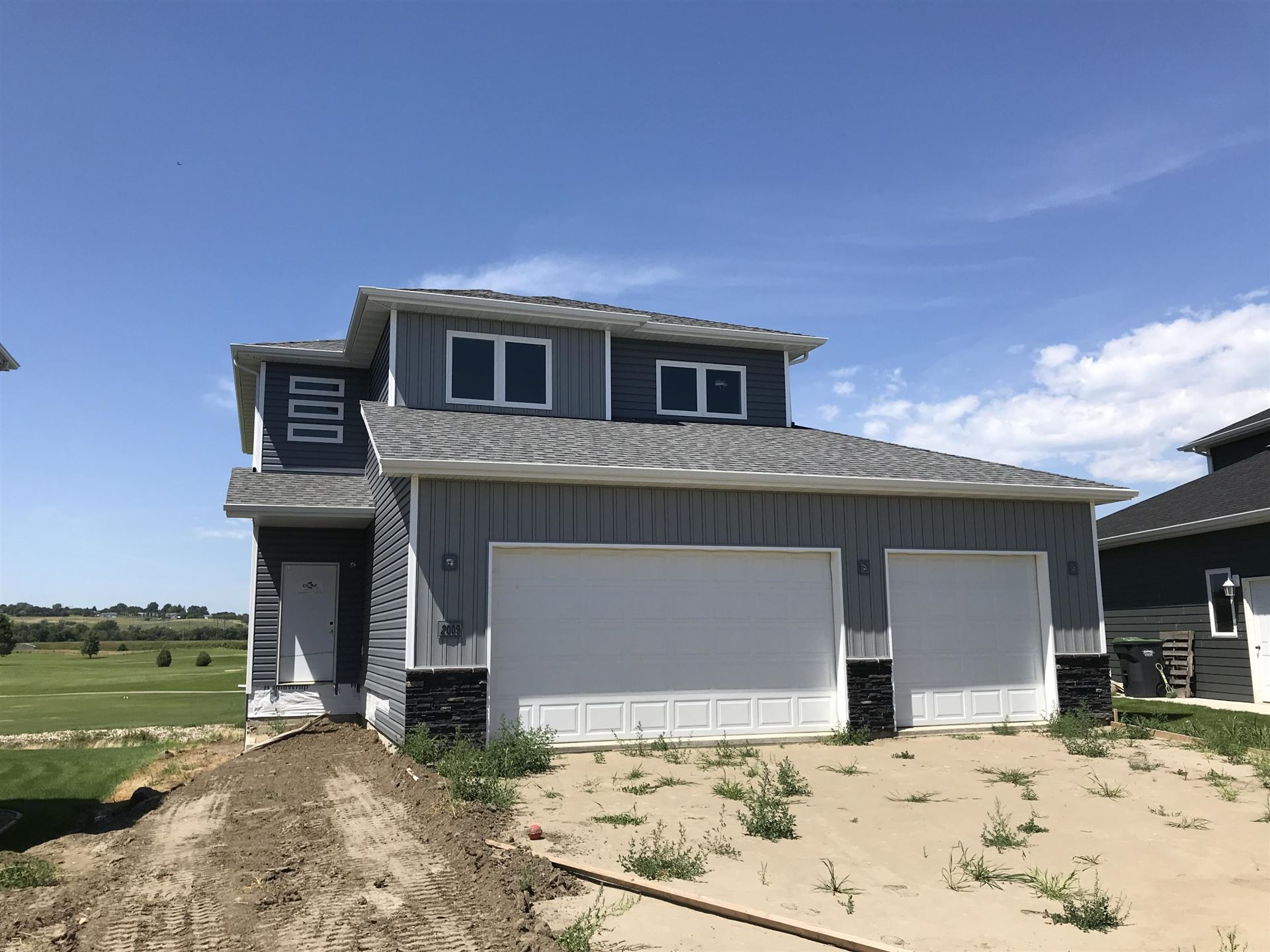 2009 34th Avenue SE, Mandan, ND 58554 - #: 407683