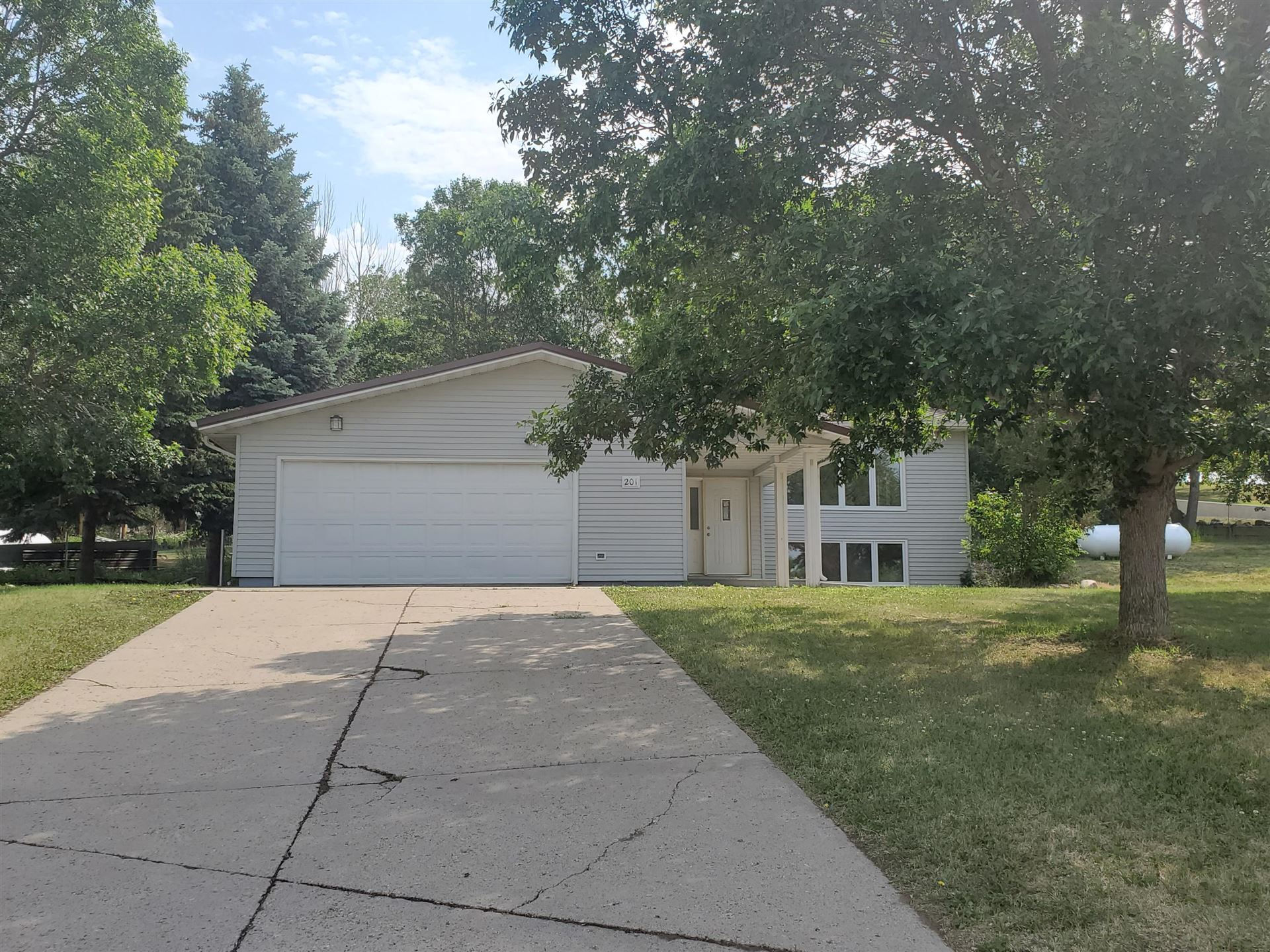 201 Yatsin Avenue, Center, ND 58530 - #: 407725