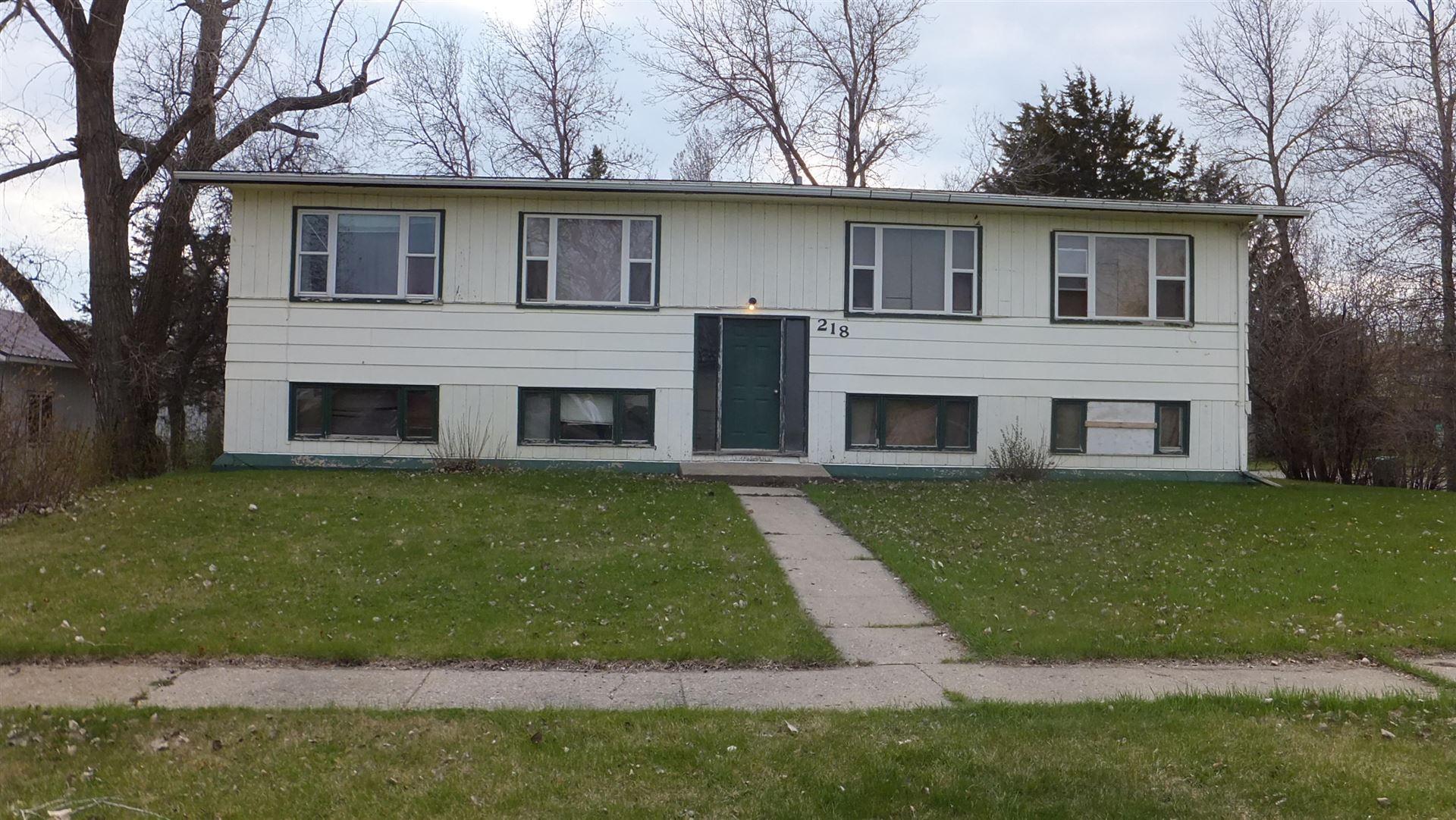 218 Lakota Avenue, Center, ND 58530 - #: 406768
