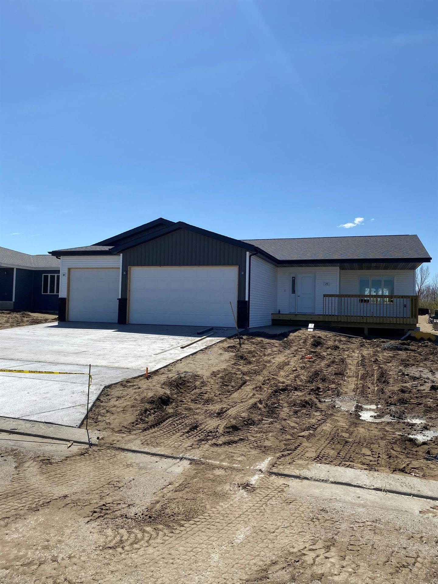 25 Mcginnis Way, Lincoln, ND 58504 - #: 410810