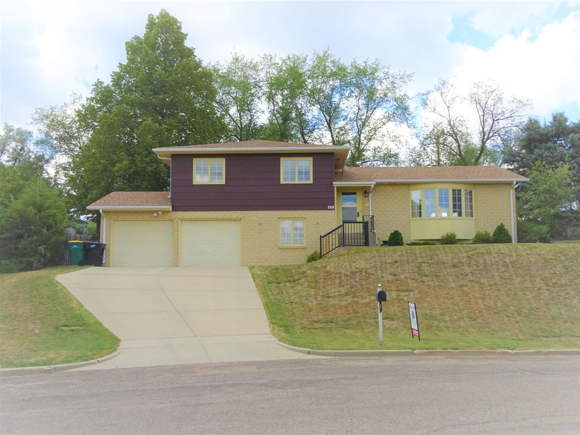 1252 Parkview Drive N, Bismarck, ND 58501 - #: 407913