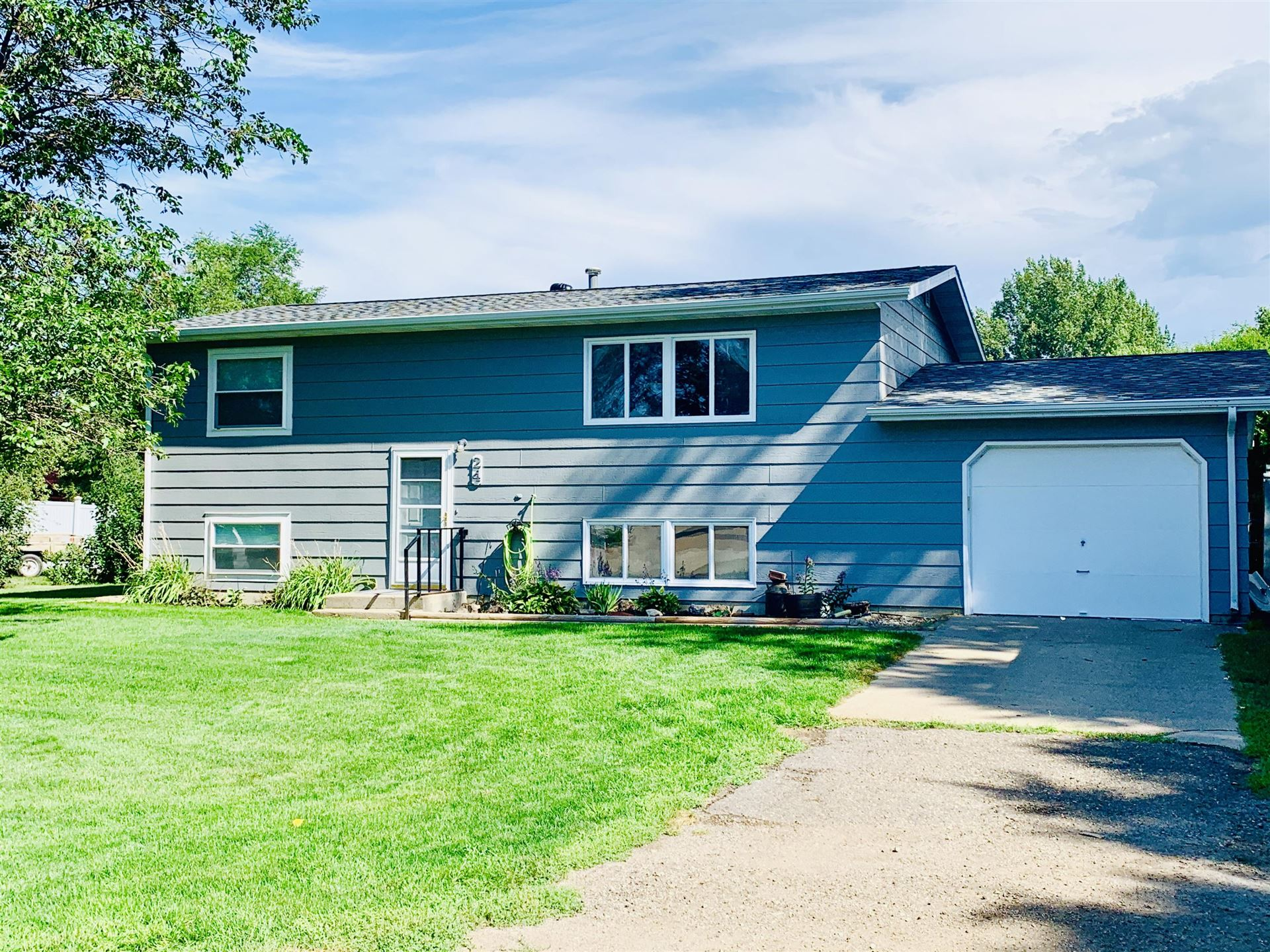24 Greely Drive, Lincoln, ND 58504 - #: 407951