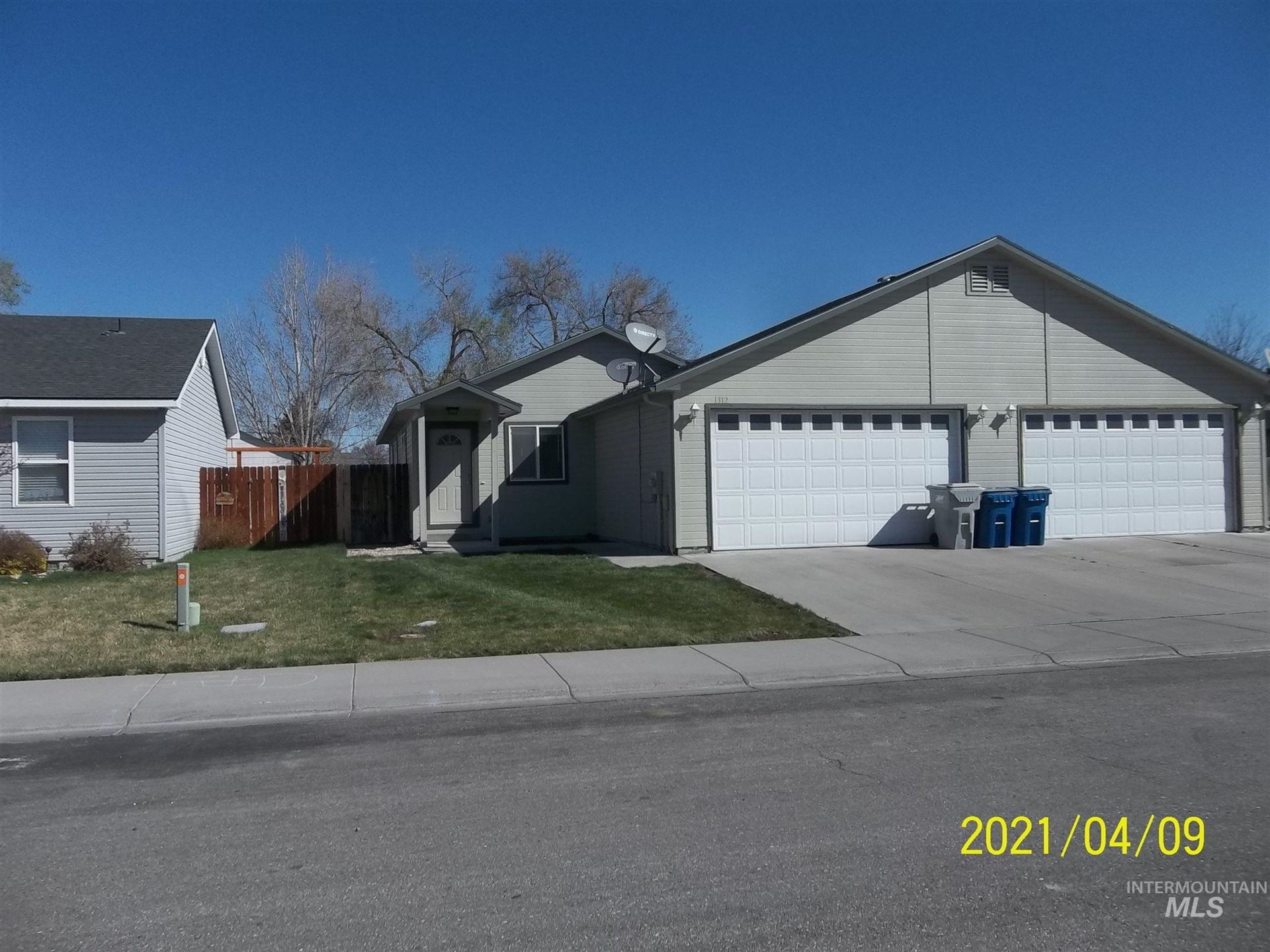 Photo of 1312 NE Brenda Drive, Mountain Home, ID 83647 (MLS # 98799001)