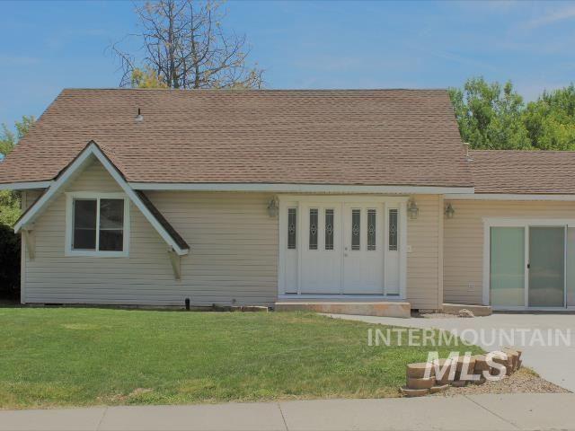 Photo of 486 Buckingham Drive, Twin Falls, ID 83301 (MLS # 98807011)