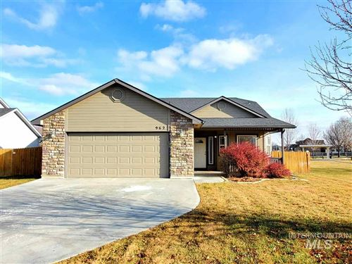 Photo of 962 S Otter Ave, Meridian, ID 83642 (MLS # 98752012)