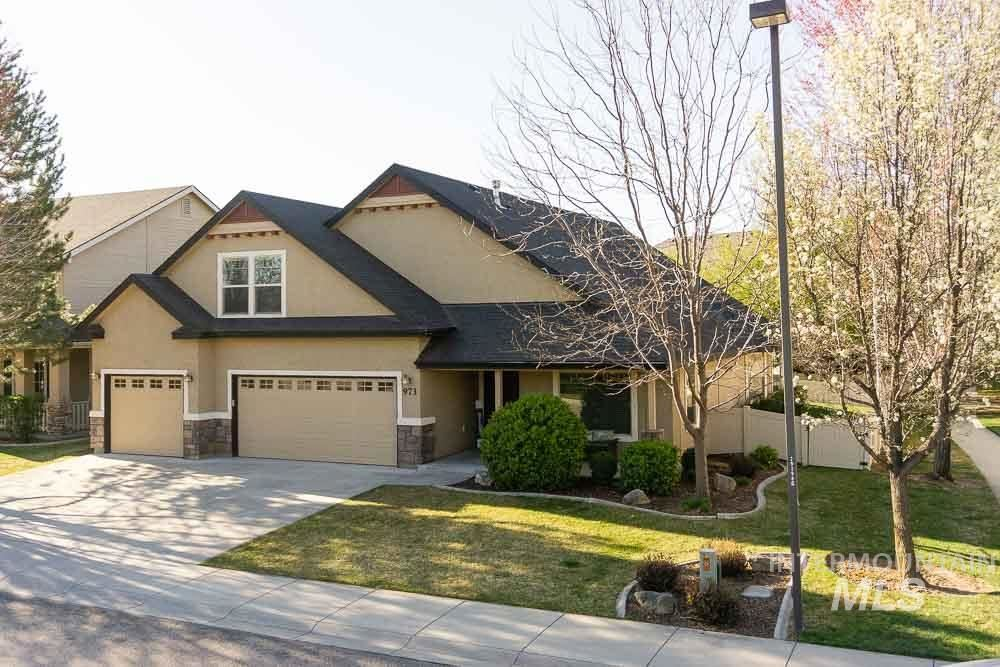 Photo of 973 W Great Basin Dr, Meridian, ID 83646 (MLS # 98799017)