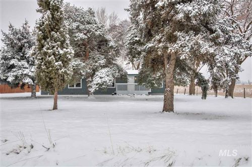 Photo of 1053 COUNTY RD 70, Weiser, ID 83672 (MLS # 98753020)