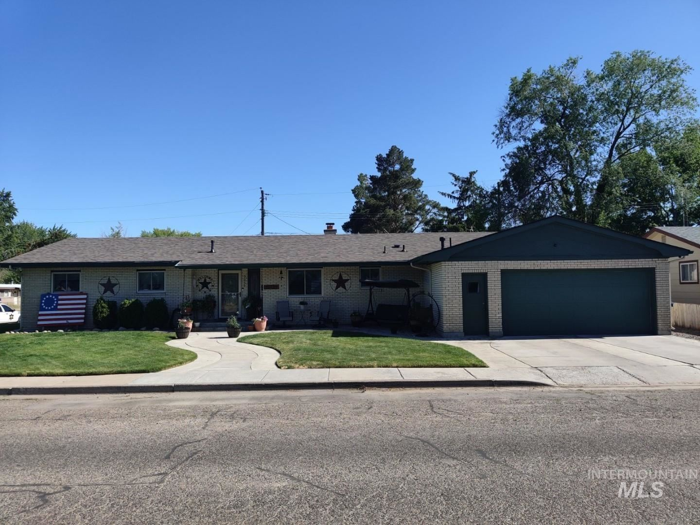 Photo of 995 E 15th N, Mountain Home, ID 83647 (MLS # 98807024)