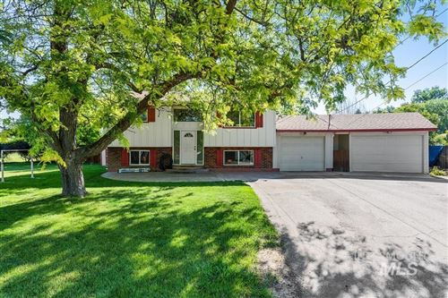 Photo of 2176 N Allumbaugh St, Boise, ID 83704 (MLS # 98773031)