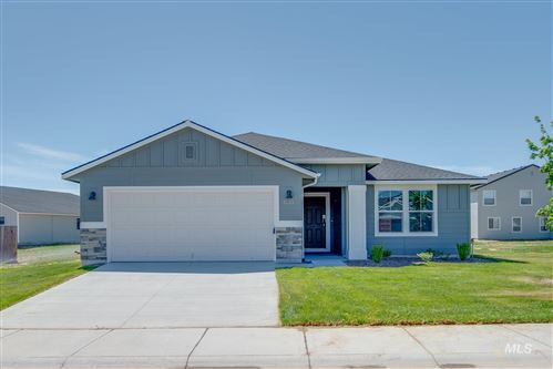 Photo of 835 SW Lago Dr., Mountain Home, ID 83647 (MLS # 98762033)