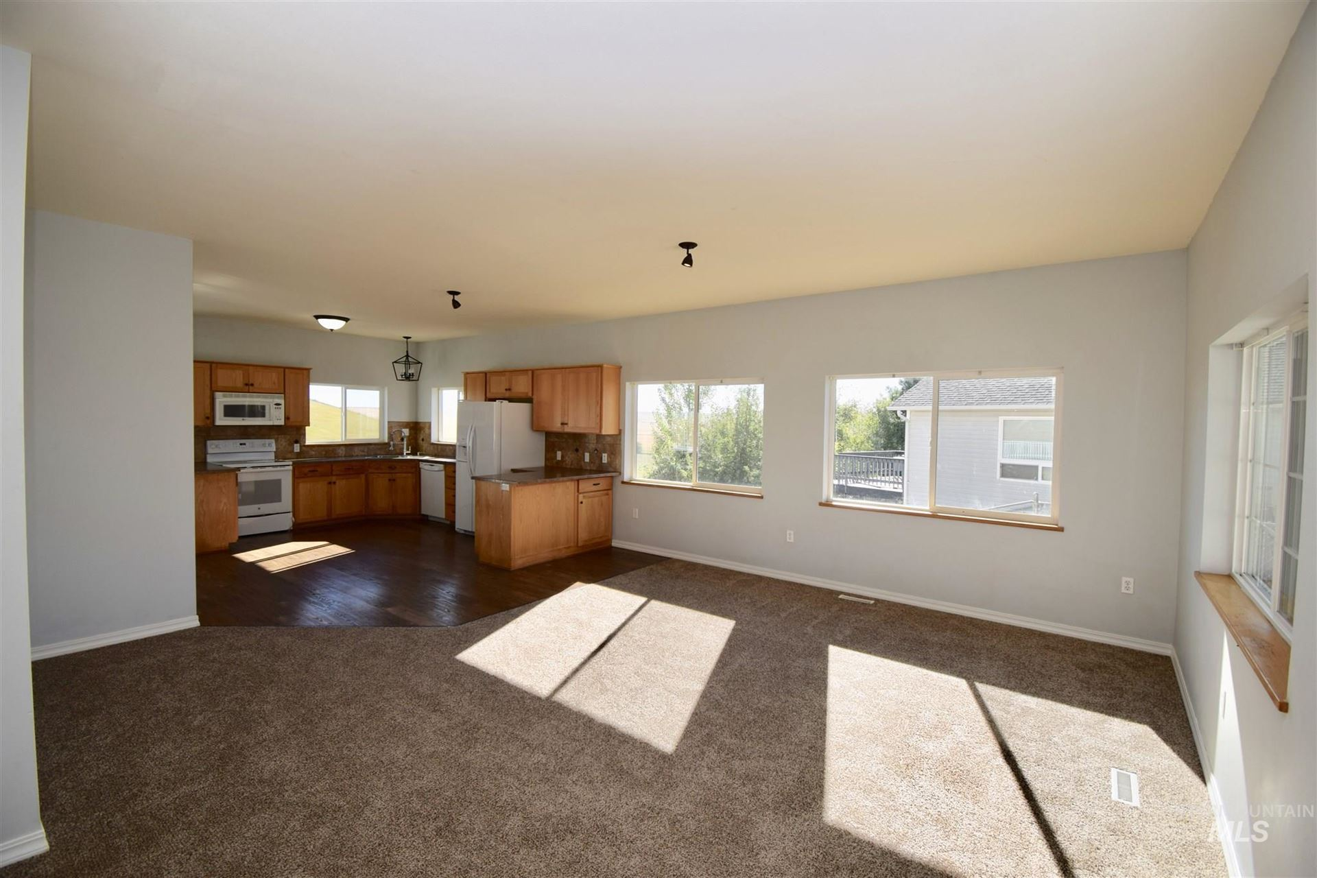 Photo of 426 E Valleyview Drive, Genesee, ID 83832 (MLS # 98774037)