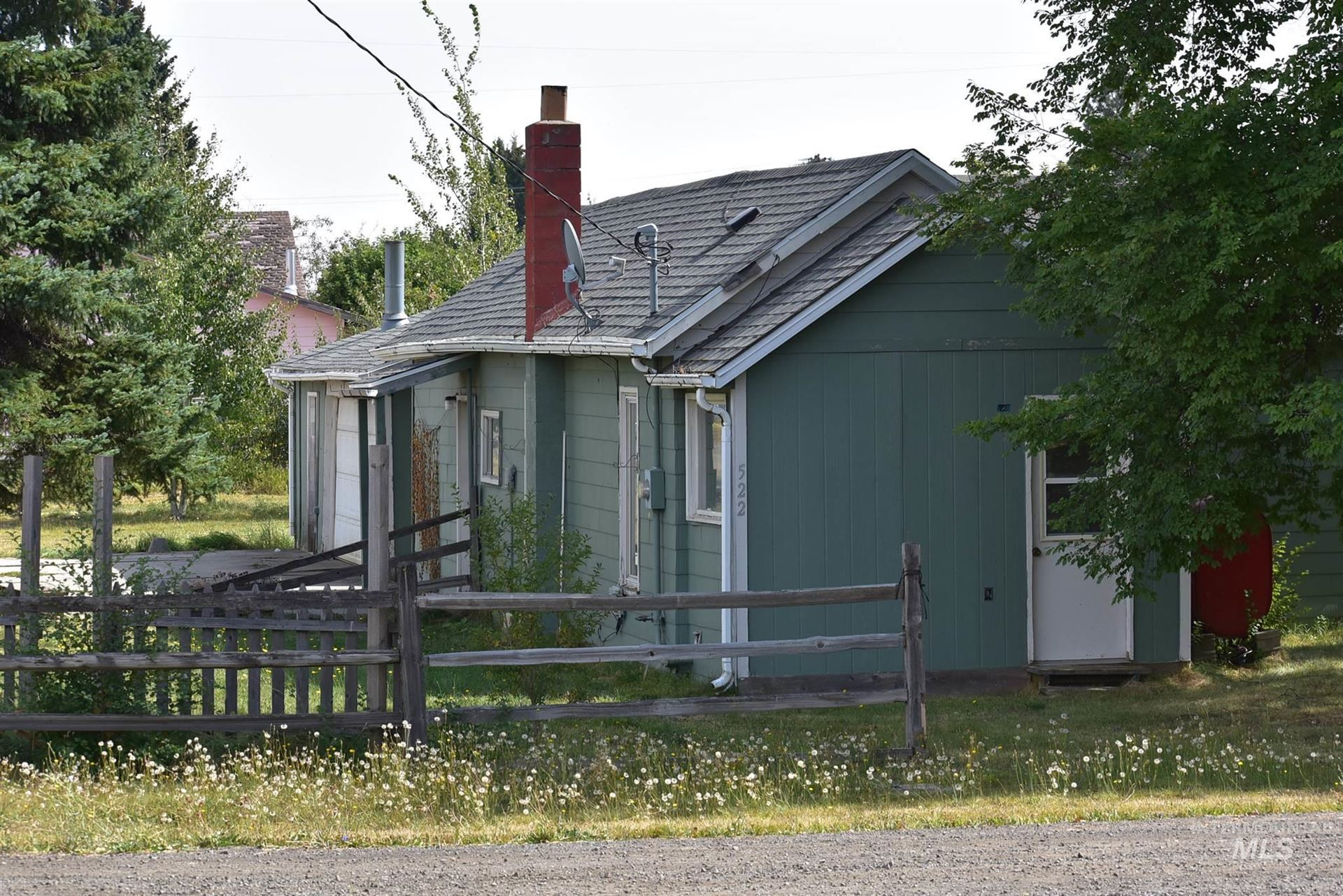 Photo of 522 Ellis Ave., Winchester, ID 83555 (MLS # 98782037)
