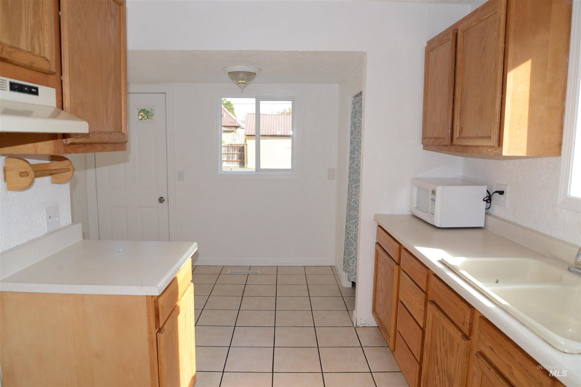 Photo of 821 11th St, Clarkston, WA 99403 (MLS # 98817037)