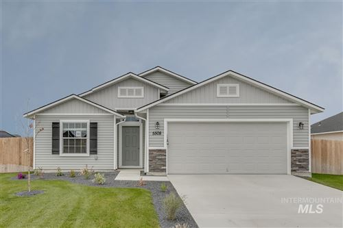 Photo of 895 SW Lago Dr., Mountain Home, ID 83647 (MLS # 98762041)