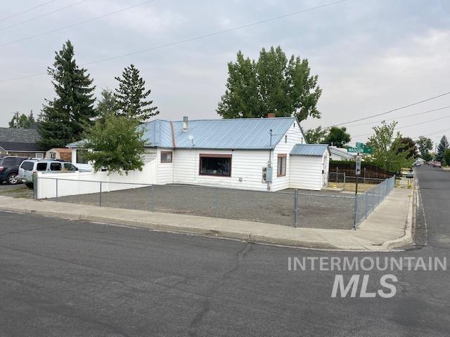 Photo of 1116 Scott St, Grangeville, ID 83530 (MLS # 98817045)