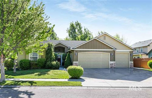 Photo of 714 N Shadowridge Ave, Eagle, ID 83616 (MLS # 98803053)