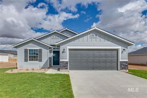 Photo of 840 SW Lago Dr., Mountain Home, ID 83647 (MLS # 98762055)