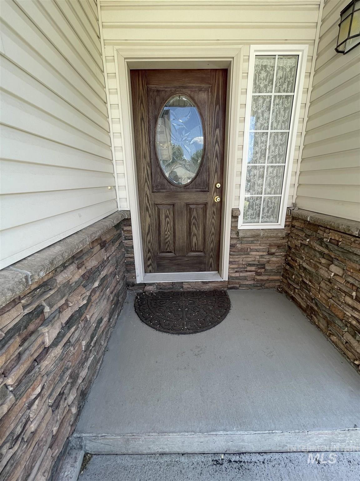 Photo of 1331 NE Brenda Drive, Mountain Home, ID 83647 (MLS # 98807061)